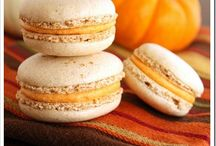 Macarons | Cookies | Biscoitos | Mufins / by Priscilla Paz