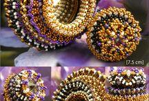 Attention les yeux ! / De superbes créations de merveilleux artistes ... prenez-en plein les mirettes ! / by Bricol'Art perles