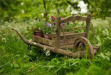 Garden Art and Living / by Merry Peasant