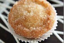 Desserts Sweets / by Laura Plyler @ TheQueenofBooks