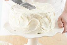 decorating cake ideas / by Tonantzi Bedford