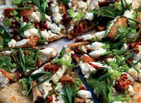Recipes | Pizza / by The Epicurean Adventurer