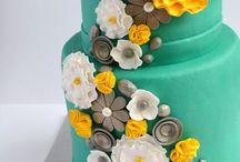 Pretty Cakes / by Strawberry Mommycakes
