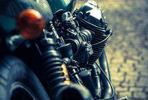 Motos / by Anabel Hernandez Lozano