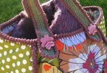 Crochet Bags & Purses / by Robin Sanchez