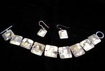 Get crafty... Jewellery  / by Helen Ward