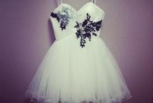 formal/ elegance  / by Elizabeth Ehrlich