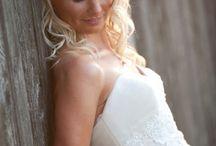 Bridal Picture Ideas / by Rebecca Ritchie
