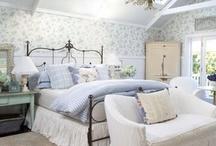 Favorite bedrooms / by Patti Hunter Autullo