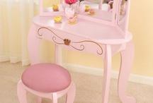 Pink Shabby Chic / by Melanie Sparks