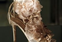 Zapatos / by Rosa