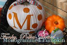 Halloween 'deas! / by Lora Benitez-Buehrig