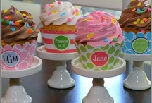 cupcakes & cakes / by Miss Tammi