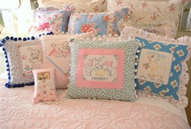 Pillows!!! / by Lauremi Prejmerpop