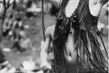 Hippie girls / I love the hippie girl look / by Rich Allen