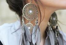 accessories & accessorize  / by Birgit Verbeke