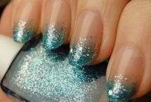 Nails / by Peety Goring