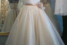 Wedding Ideas / by Adriana Rosa