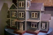 Dollhouses I love / by Lolas Mini Homes