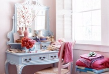 shabby chic / by Candee Nobbs