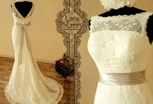 Wedding Dresses / by Andrea Reuber