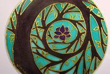 Mandalas & Henna / by Cida Ferreira
