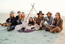 Bohemian Beach Wedding / Bohemian wedding inspiration / by Sendo
