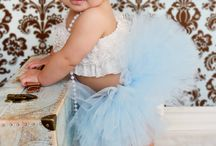 adorable picture ideas! / by Alecia Curtis