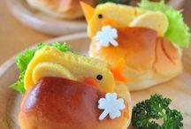 Bread lunchbox / by Peony Tan
