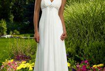 Wedding Ideas / by Brittany Hamann