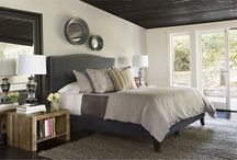 Master Bedroom / by Sara Duenas