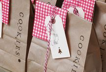 Gift Wrapping / by Stephanie Dow