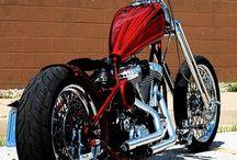 Motorcycles / by Jair Sbaraini