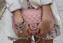 Just fashion / by Daniela Ramirez