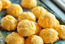 cheeseballs, dips, snack / by Kimberli Clark