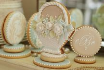 Cookie ♥ Inspiration / These are cookies with no recipes~just beautiful to look at! / by Dinah Roberts