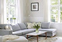Living Rooms / by Danielle Barrett