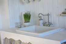 Cottage decor  / by Phyllis Penner