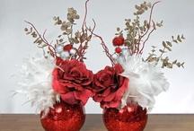 Christmas/winter fleurs  / Flower arrangements  / by Melissa Hale-Lafleur