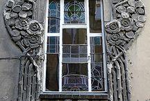 Архитектура / Декоративные и очень красивые фрагменты зданий и строений...Все здания состоят из предельного числа взаимосвязанных архитектурно-конструктивных элементов  По функциональному назначению элементы зданий подразделяют на несущие, ограждающие и совмещающие обе эти функции. / by Irishethka Kalinina