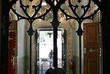 Doors, window,stairs etc / by Reyna Sanchez