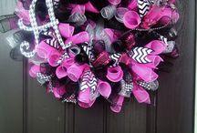 wreathe fun / by Dara Williams