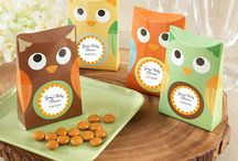 Owl Favors / Check out these cute owl-themed favors! / by HerBabyShower
