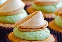 Cupcakes / by Kellie Waning-Bro