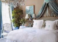 Bedroom ideas / by Kaye Motherofallbling
