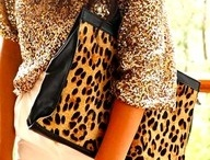 purses. / by Nicki Ann Markham
