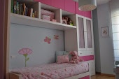 Happy kids need happy rooms / by Inês Pereira