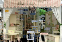 Craft Fair & Flea Mall Booth Ideas / by Michele Lea