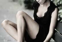Senior Picture Poses / by Kara King