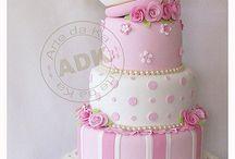 cakes / by Francisca Karsono